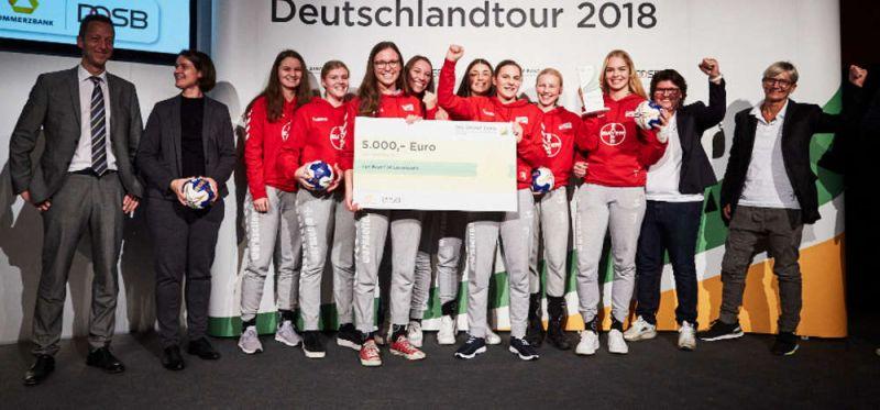 """TSV Bayer 04 Leverkusen mit dem """"Grünen Band"""" des DOSB ausgezeichnet"""