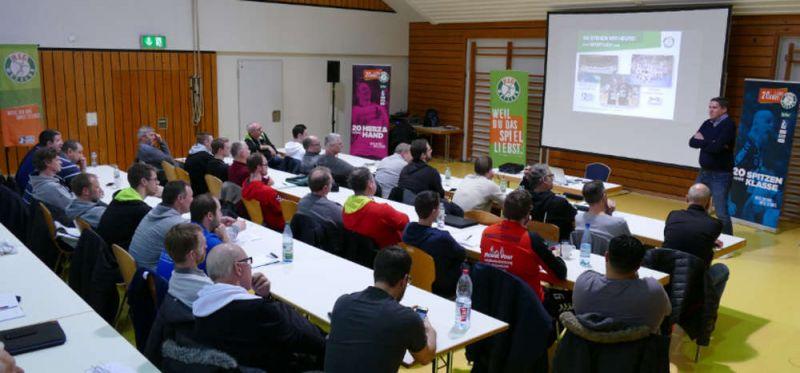Hohe Fachkompetenz bei DHB-Trainer-Workshop in Dutenhofen