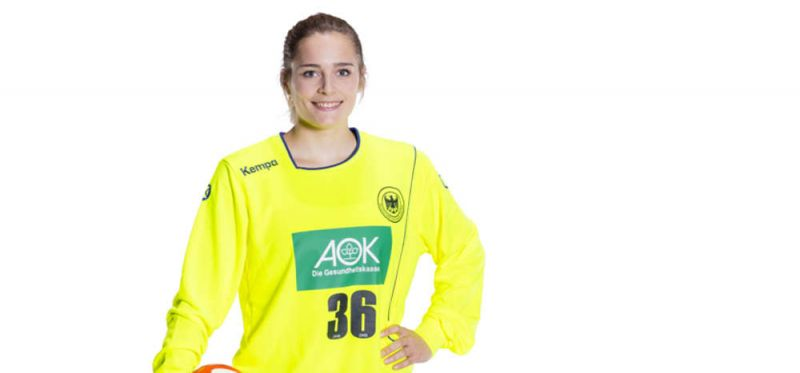 Torfrau Eckerle für Linksaußen Lauenroth im Kader