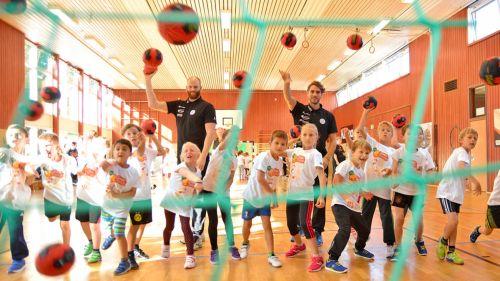 Handball-Stars kommen an die Schulen